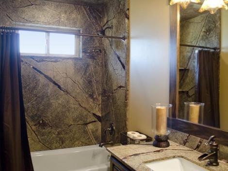 Bathroom in Rainforest
